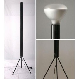 Luminator floor lamp Flos white color with detail