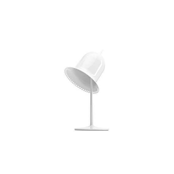 Lolita table lamp Moooi white color side view
