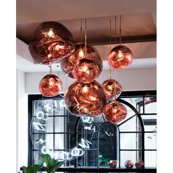 Melt pendant lamp Tom Dixon copper color in dining room