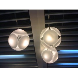 Bubble pendant lamp Foscarini yellow color in dining room