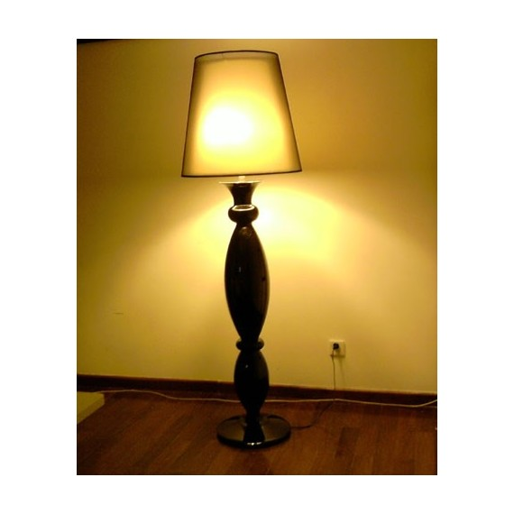 Clasica floor lamp Modiss black color side view