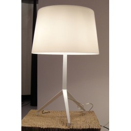 Lumière XXL style table lamp Foscarini white color