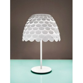 Carmen table lamp FontanaArte white color side view