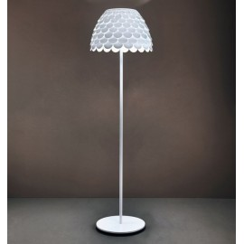 Carmen floor lamp FontanaArte white color front view