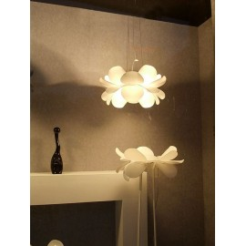 Infiore floor Lamp Estiluz white color side view