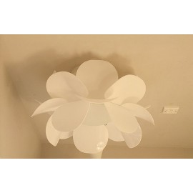 Infiore ceiling Lamp Estiluz white color front view