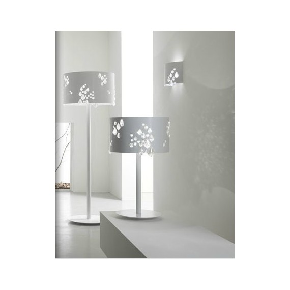 Miss Brilla table lamp Karman white color front view