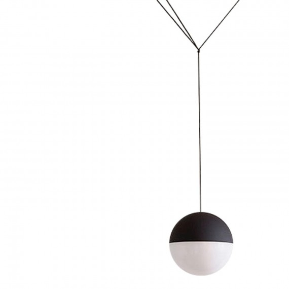 String sphere pendant lamp Flos black and white color front view